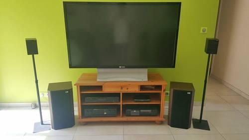 Vends ensemble TV 56pouces+ ensemble audio + meuble
