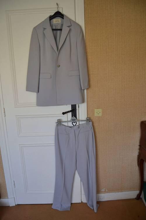 Vends ensemble tailleur 1.2.3 (veste et pantalon)