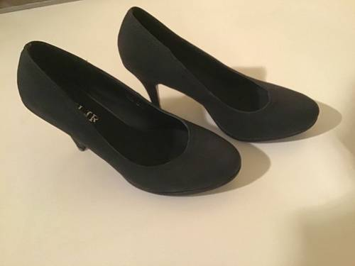 Escarpins noirs taille 40