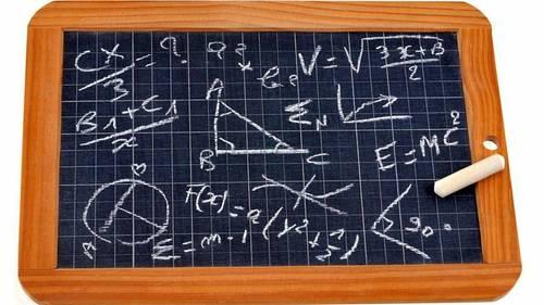 Etudiant CentraleSupelec propose des cours de Maths et Physique