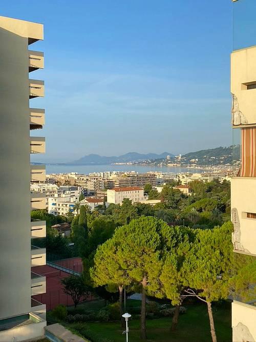 Loue appartement exceptionnel 1chambre 46m² avec balcon Juan les Pins Eden Park