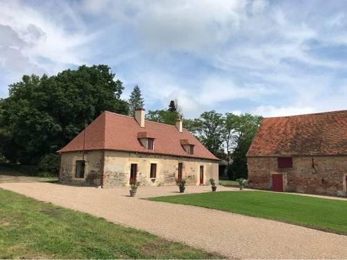 Loue gîte en Bourgogne Sud à Bourbon-Lancy 10couchages (poss 8de +)