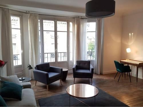 Loue grand 2pièces meublé hyper centre de Reims 69m²