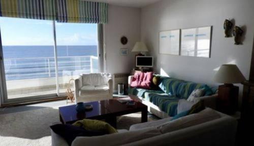 Loue appartement La Baule (44) front de mer 8couchages 5ème étage