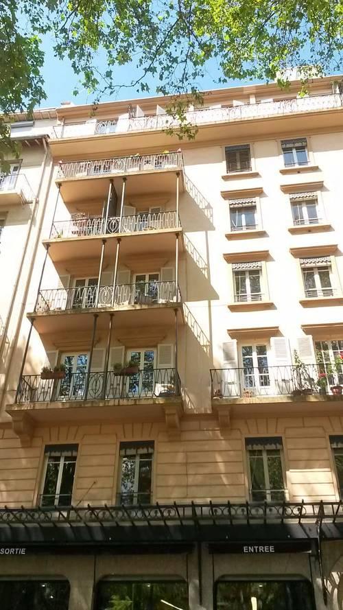 Loue T5familial 3chambres Lyon 7ème Saxe-Gambetta - 107m²