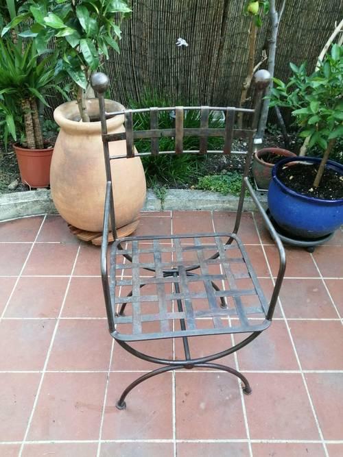 Fauteuil en fer forgé tressé fabrication artisanale