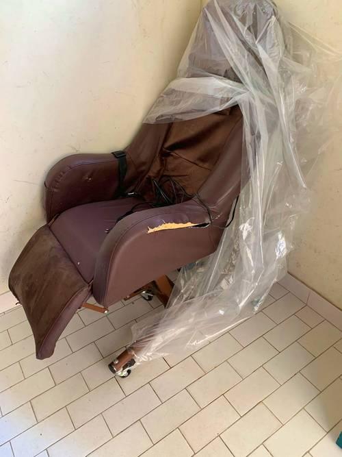 Donne fauteuil pour personnes agées