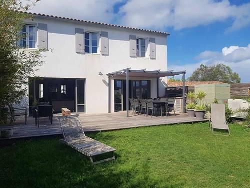 Loue Grande maison 180m² avec jardin - 6à 8couchages - La Couarde-sur-Mer (17)