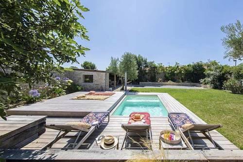 Loue grande maison classée 4*, piscine, immense jardin, 5chambres - 10couchages - La Couarde-sur-Mer (17)
