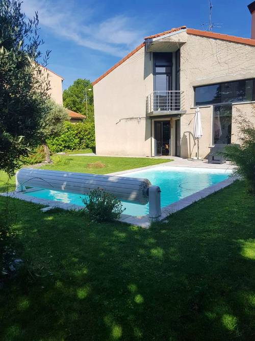 Loue grande maison dans Toulouse (31) avec piscine 8couchages