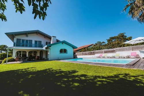 Grande villa 220m², Anglet Chiberta, 10couchages, 200m des plages
