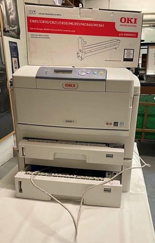 Imprimante Laser A3et A4oki C821à vendre