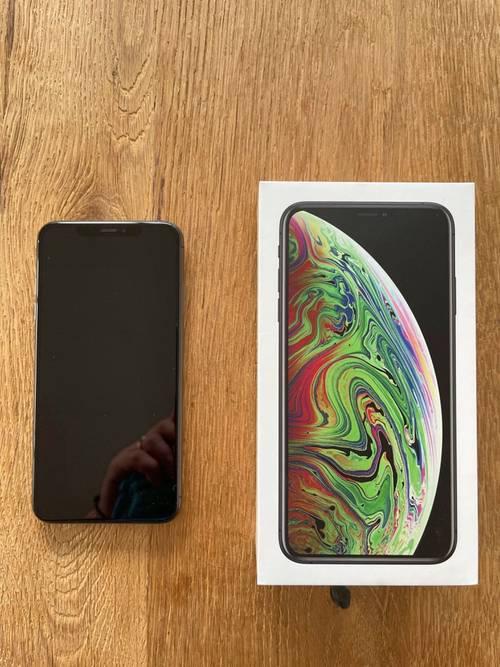 IPhone XS Max 64Go