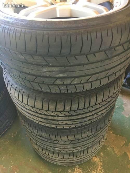 Jantes Mercedes AMG et pneus Brigestone Potenza
