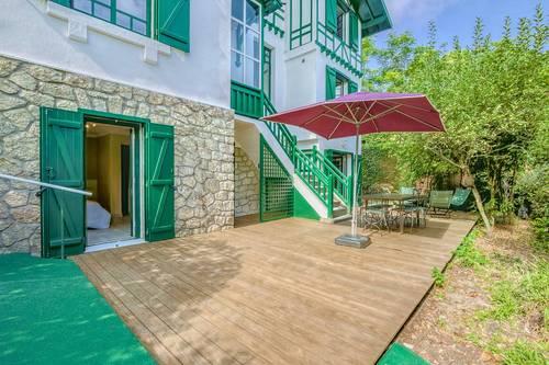 Loue T2en rez de jardin dans villa à Arcachon (33) - 4couchages