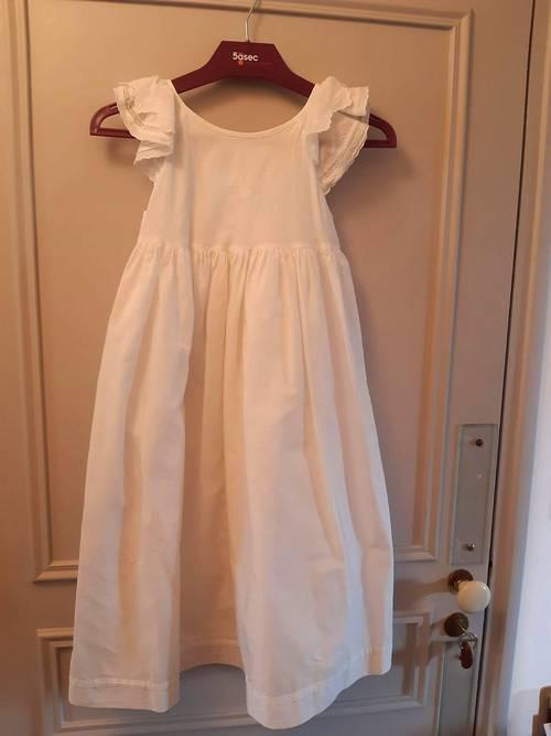 Jolie robe blanche idéale pour cérémonie - Taille 8ans