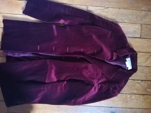 Vends jolie veste velours bordeaux TBE, T36