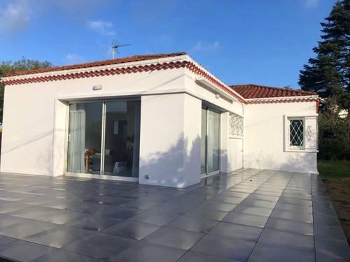 Location Jolie villa rénovée 100m de la plage 6couchages St Palais sur Mer 17