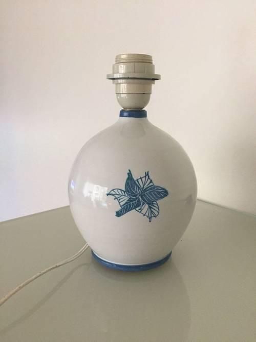 Pied de lampe forme boule en céramique