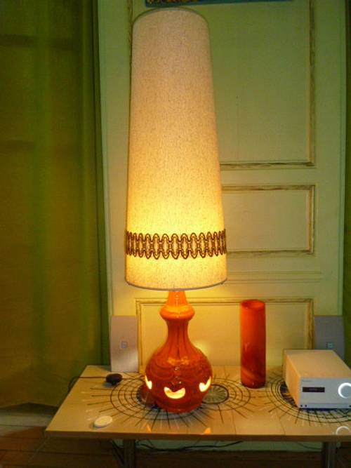 Lampe vintage 70 céramique orange H 130 cm