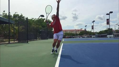 Donne leçons de Tennis spécialisées