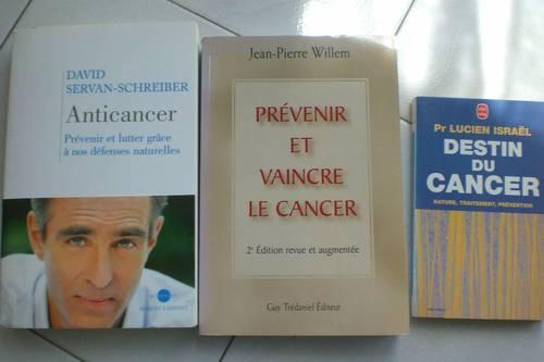 Lot de 3livres au sujet du cancer
