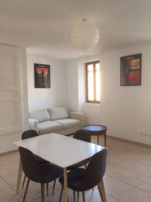 Loue appartement type T2- 1chambre 4couchages - Marseille 8ème