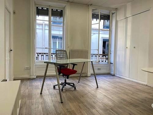 Sous-loue bureau 18m² + salle de réunion Lyon 1er
