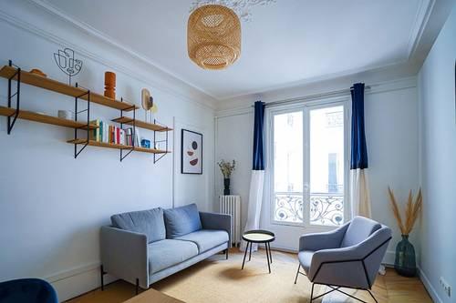 Loue cabinets de santé 10à 18m² - Place Saint-Georges, Paris 9ème