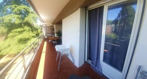 Location P4NIMES (30) 82m² spacieux, lumineux grande terrasse 18m²
