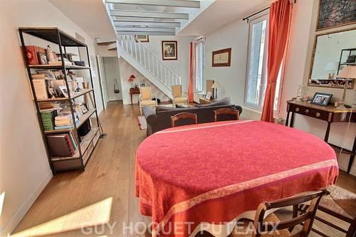 Loue appartement 4pièces duplex 90m² (120m² sol) + parking Puteaux (92)