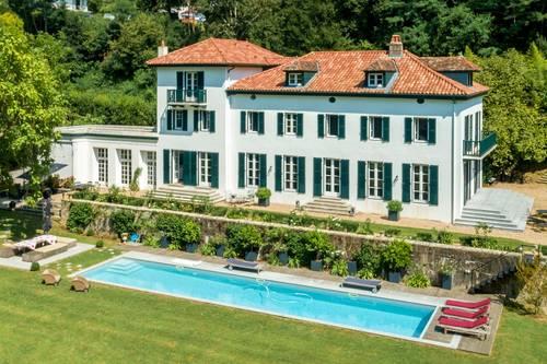 Loue demeure Belle Fontaine à Bayonne 16couchages (64)