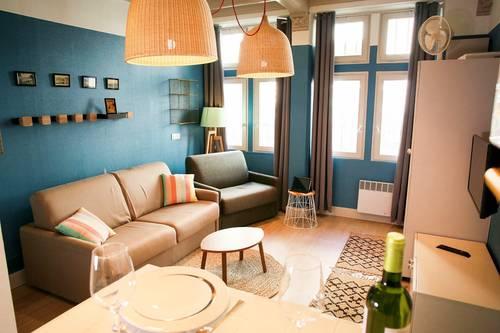 Loue studio - hyper centre Biarritz (64) de Novembre à Mars uniquement - 1chambre, 23m²