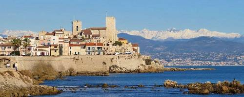 Loue superbe appartement spacieux 4couchages coeur vieil Antibes (06)