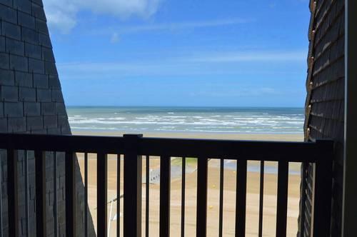Location de vacances 2/4couchages Cabourg (14) vue mer