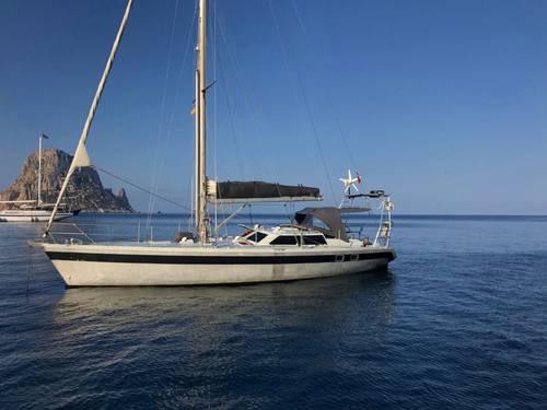 Loue voilier dériveur lesté Garcia Nouanni aluminium 47pieds