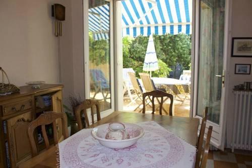 Loue agréable grande maison avec terrasse jardin Carcassonne (11) - 4chambres, 7couchages