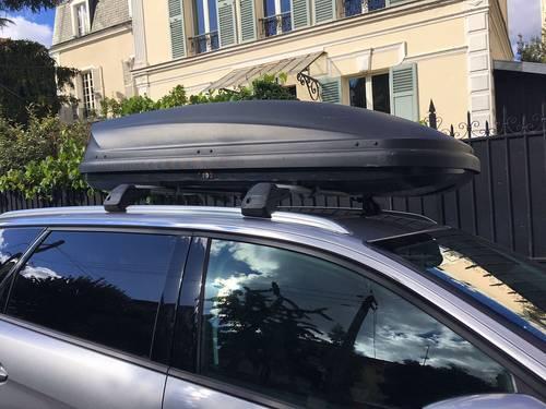 A Louer Coffre et barres de toit 5008- 2éme generation