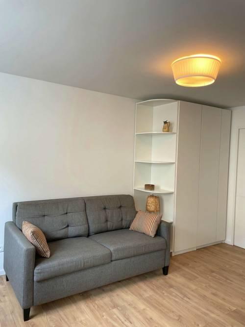 Loue Studio refait à neuf Orléans Quartier St Vincent - 1chambre, 21m² (45)