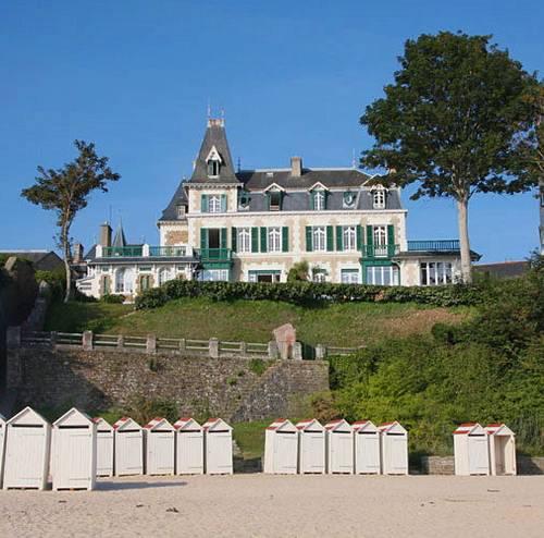 Loue 2villas Les Ondes et Les Flots,en bord de mer à Saint-Lunaire 15couchages chacune