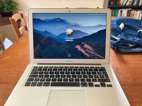 Macbook Air 13i52017