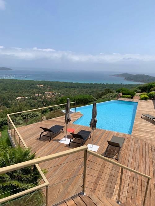 Propose Magnifique appartement 4couchages dans villa à Pinarello (20) - vue mer