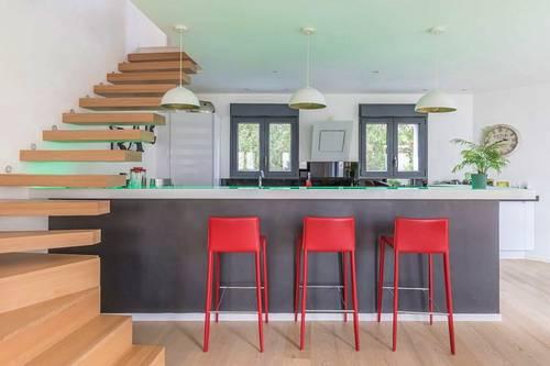 Vends Magnifique maison avec jardin et toit terrasse en plein centre ville - 4chambres, 174m², Clamart (92)