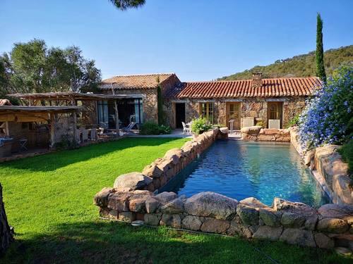Magnifique maison en pierres à louer - 8couchages