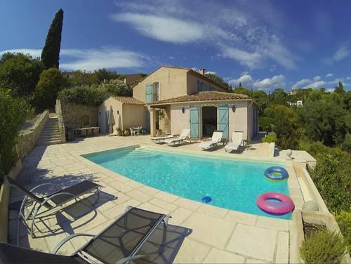 Loue Magnifique villa avec piscine à Mougins (06) 10couchages