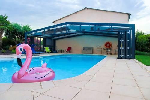 Loue maison avec piscine couverte et chauffée dans le Lauragais, 5chambres, 10couchages
