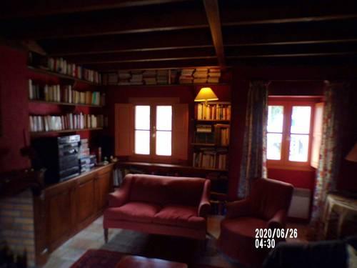 Loue une maison ancienne de 4chambres en Bourgogne