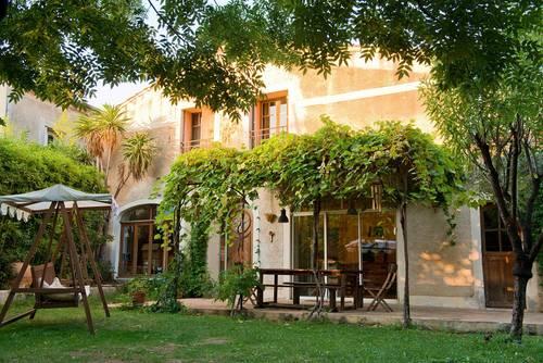 Loue Maison d'artiste pour 11personnes entre Montpellier et Sète