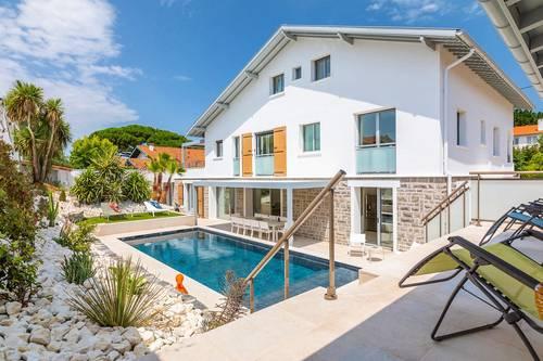Loue maison à Biarritz proche Golf et plages 22couchages ou 12ou 10