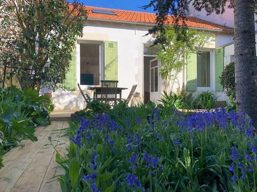 Loue maison de charme 3chambres avec jardin tout près du centre, La Rochelle (17)